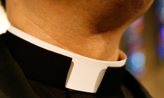 The missional task of wearing a clergy collar